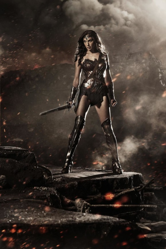 wonder-woman-gal-gadot-batman-v-superman-580x868